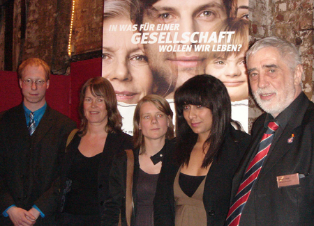 Matthias Ilgen, Silke Potthast, Claudia Indenhock, Diana Hodali, Bernd P. Holst