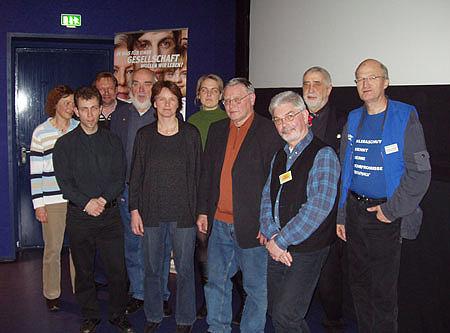 Elisabeth Thun (Arbeitskreis Schlickberg), Markus Krüger (Go for Climate e.V.), Wolfgang Strauß (Arbeitskreis Schlickberg), Peter Dreller (Greenpeace), Christiane Blömeke (GAL), Mitglied Go for Climate e.V., Siegfried Stockhecke (Zukunftsrat Hamburg), Werner Dantziger (Arbeitskreis Schlickberg), Bernd P. Holst (Leiter der Freiwilligenbörse Hamburg), Rembert Wollert (Greenpeace)